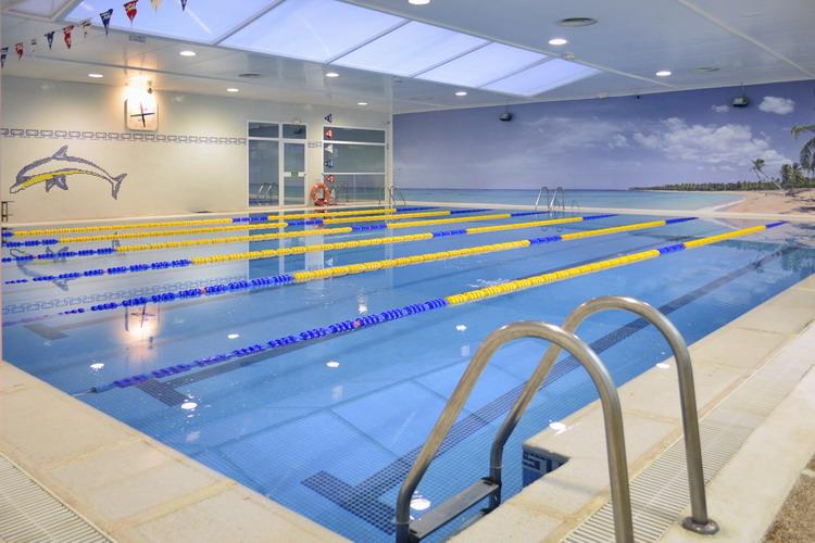 escuela de nataci n y piscina en el centro de madrid