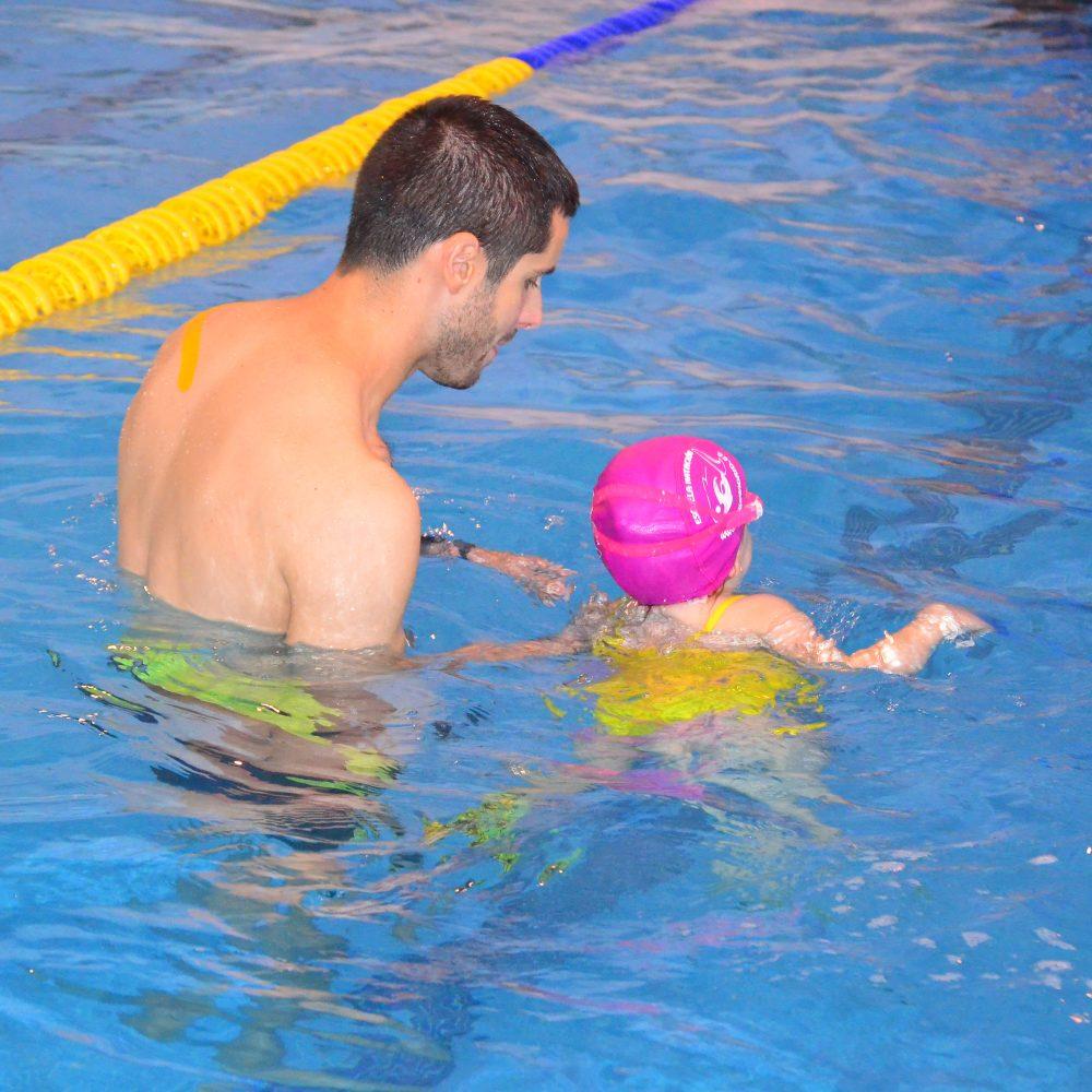 Cursos intensivos de natación en verano