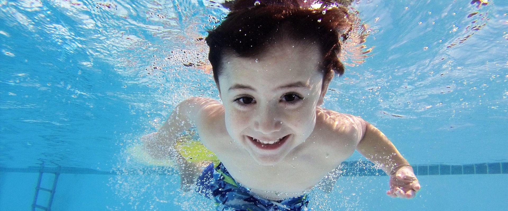 clases de natación para niños en Madrid